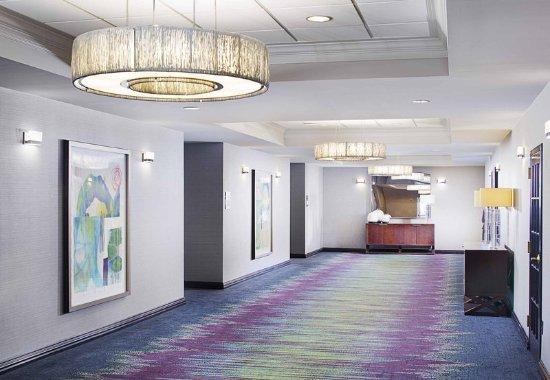 Dallas Marriott Suites Medical/Market Center: Grand Ballroom - Pre-Function Space