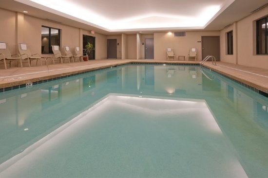 Holiday Inn Express Hotel Suites Bryan Montpelier Updated 2017 Prices Reviews Oh