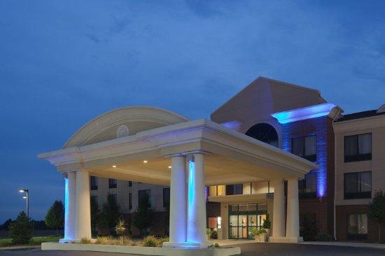 Montpelier, OH: Hotel Exterior