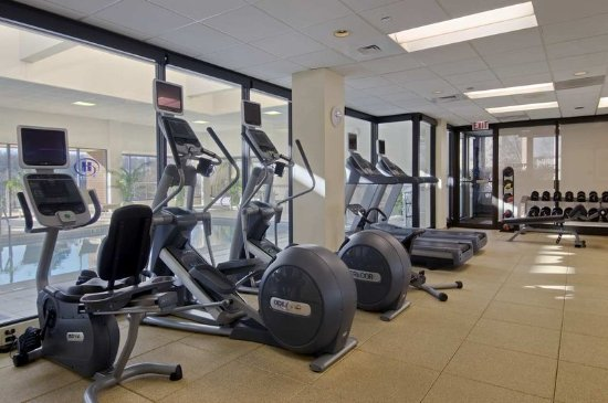Lisle, IL: Stay Fit on the Road!