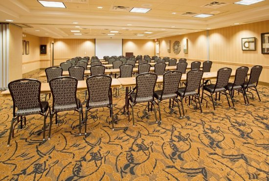 Hastings, NE: Meeting Space For Up To 80