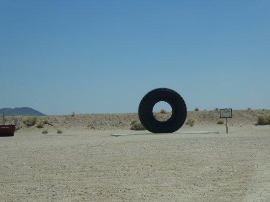 Boron, Калифорния: The Grounds