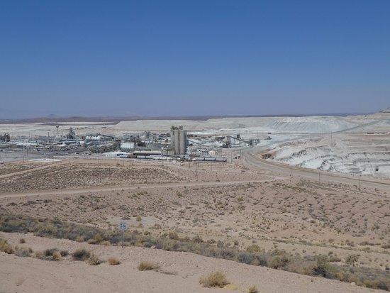 Boron, Калифорния: Mining Pit