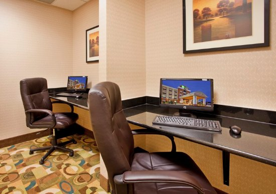 Holiday Inn Express Hotel & Suites Guthrie-North Edmond: Business Center
