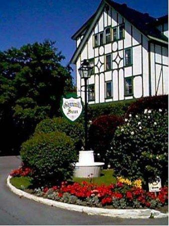Glynmill Inn: Exterior