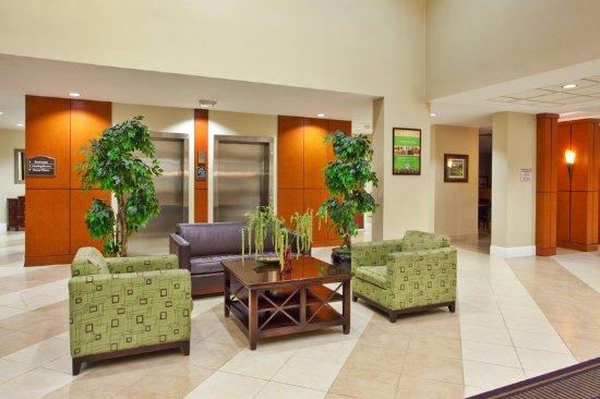 Holiday Inn Augusta West: Hotel Lobby