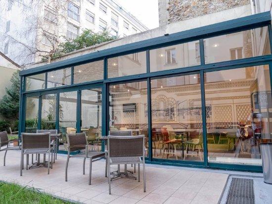 Ibis paris bastille faubourg saint antoine 11eme updated for Blc design hotel tripadvisor