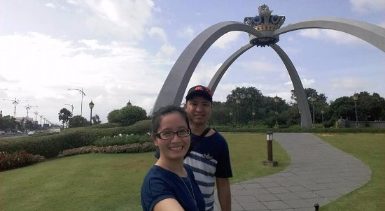Grand Palace Park (Istana Besar): crown