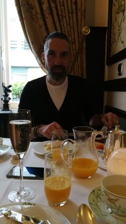 Hotel Heritage - Relais & Chateaux: Champagne breakfast