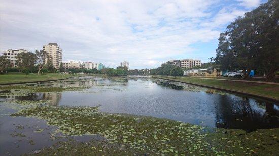 laguna al lado del complejo picture of alex beach cabins and rh tripadvisor com
