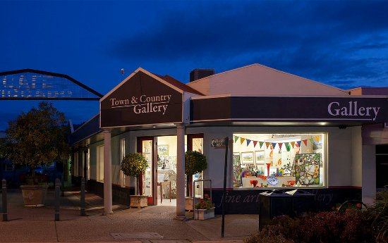 Yarragon, Australien: A stunning collection of fine-art, jewellery & hand-crafted works by Australian artists.