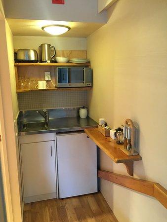 Paradiso Apartments : Kitchenette