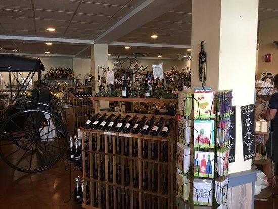 Belhurst Castle Winery: photo2.jpg