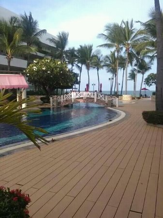 Imperial Hua Hin Beach Resort: FB_IMG_15044182817627989_large.jpg