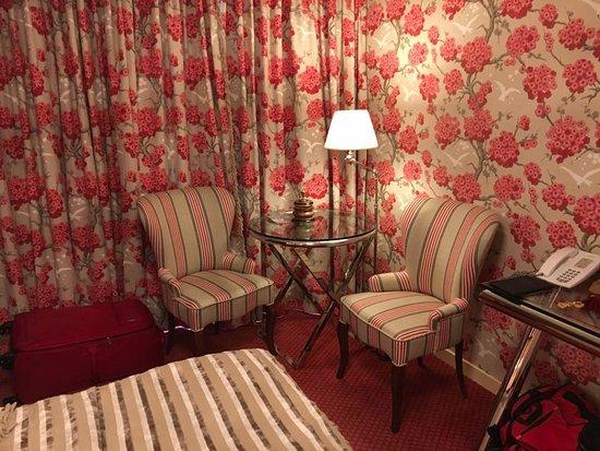 โรงแรมเอสเธเรีย ภาพถ่าย