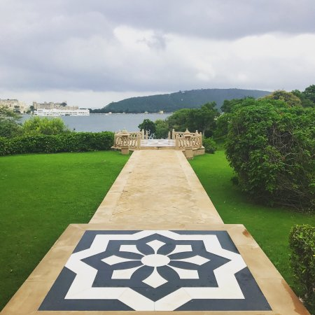 The Oberoi Udaivilas: Breathtaking views and place to visit