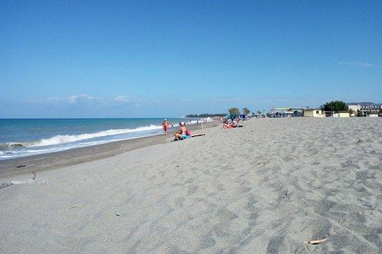 Marina di Nocera Terinese, Italia: Spiaggia e mare