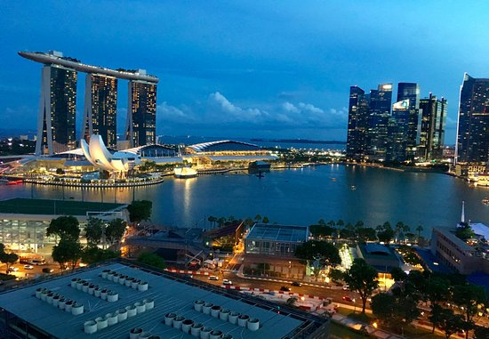 Marina mandarin singapore hotel reviews photos price - Marina mandarin singapore swimming pool ...