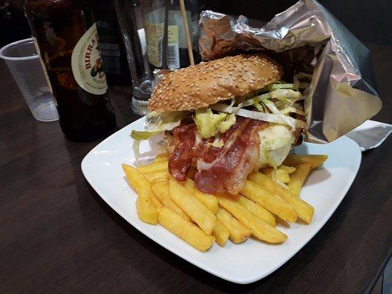 Gusta Food&Drink : Hamburger big