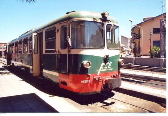 0ae28b55f8140 Ecco lo storico trenino. - Picture of Circumetnea Railway, Taormina ...