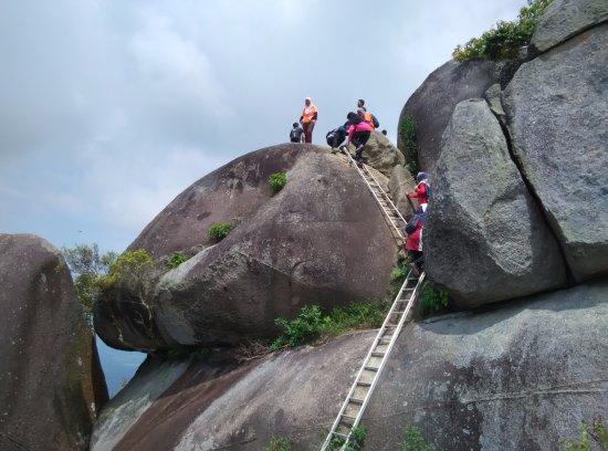 Negeri Sembilan, Malasia: Gunung Datuk Peak