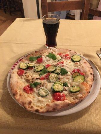 Ramazzano, Italien: Pizza Estiva