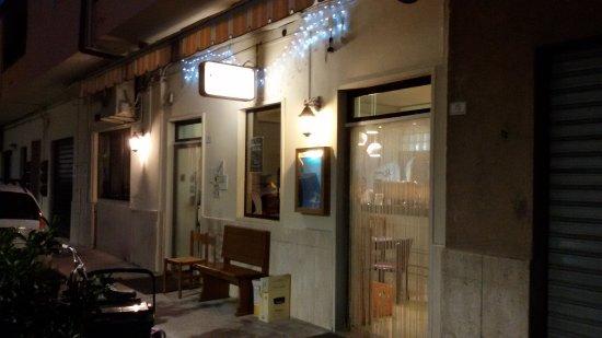 Pedaso, Italia: Ingresso locale