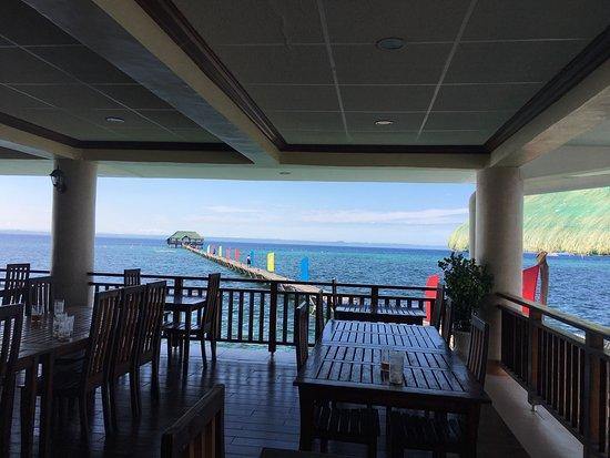 Nalusuan Island Resort: Resort accommodations