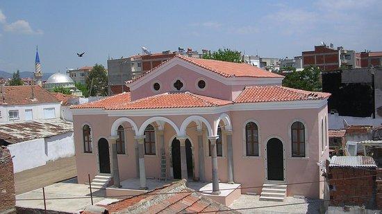 Agios Konstantinos Kilisesi