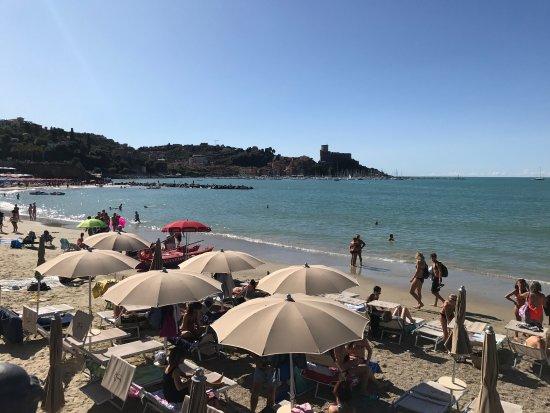 Marigola Beach