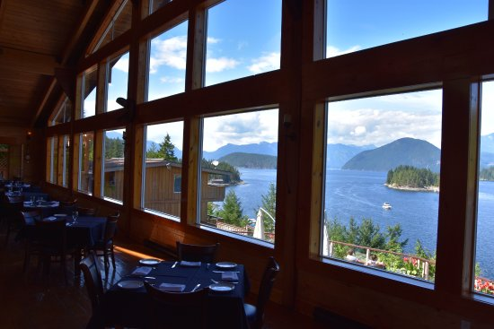 West Coast Wilderness Lodge: View out of the dining room