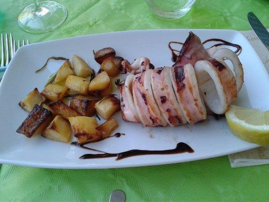 Borgo Antico: Calamaro alla griglia