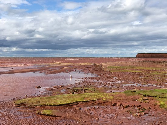 Bonshaw, Kanada: Red Sand