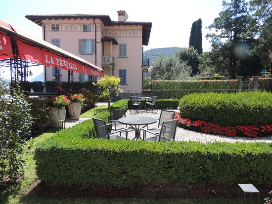 Hotel Belvedere Bellagio: Outside of outdoors restaurant
