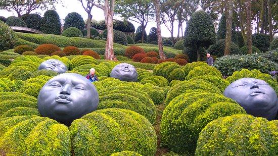 Cherchez L Erreur Picture Of Les Jardins D Etretat Tripadvisor