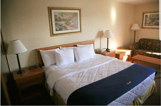 New Victorian Inn & Suites: Screenshot_20170902-220917_large.jpg
