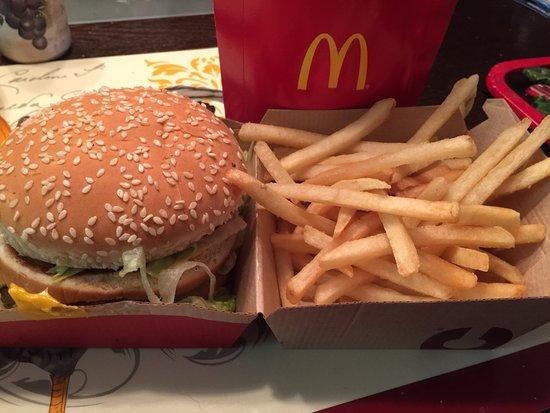 Upper Marlboro, MD: Big Mac & fries