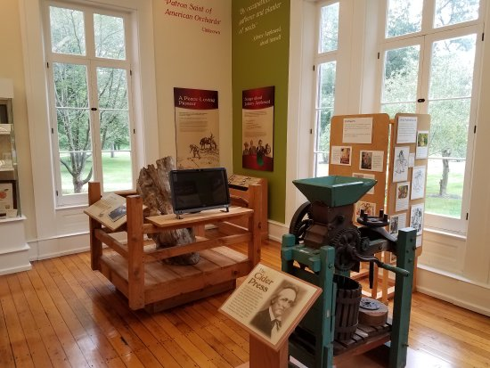 Johnny Appleseed Museum And Education Center