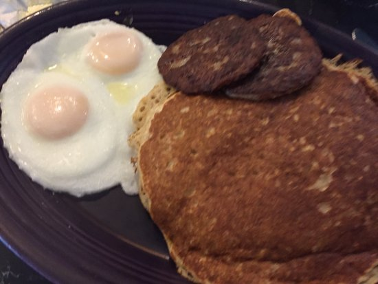Saugatuck, MI: basted eggs, sausage patties and pancakes