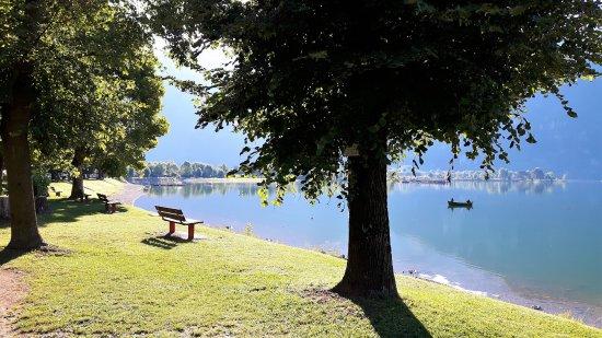 Idro, Italy: tranquillità mattutina