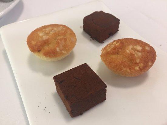 Restaurant Can Jepet: Pastitas de cortesía