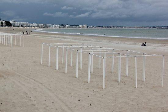 Mercure La Baule Majestic: La Baule beach towards Pornichet