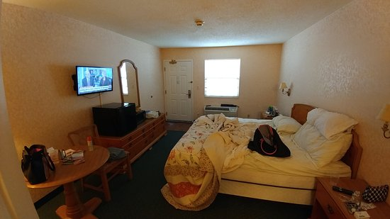 OurGuest Inn & Suites: TA_IMG_20170903_115140_large.jpg
