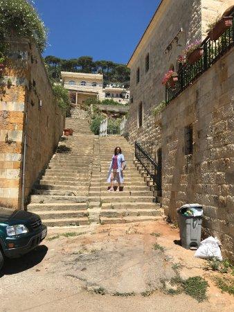 دير القمر, لبنان: на пути к дому правителя