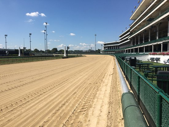 Churchill Downs: photo0.jpg