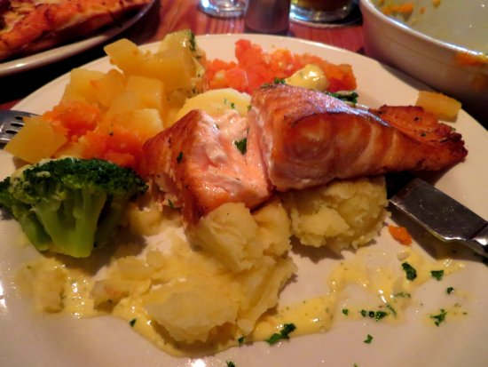 Oughterard, Irlanda: Salmon
