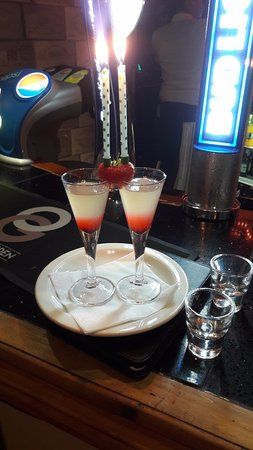 Standish, UK: Our complimentary shots for our anniversary!