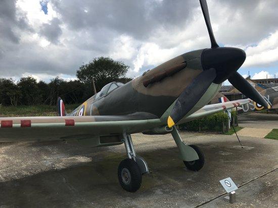 Capel-le-Ferne, UK: The infamous spitfire