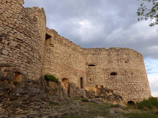 Cardenete, Spanyol: Exterior de la fortaleza. Un castillo sin terminar y sin posibilidad de visitarlo.