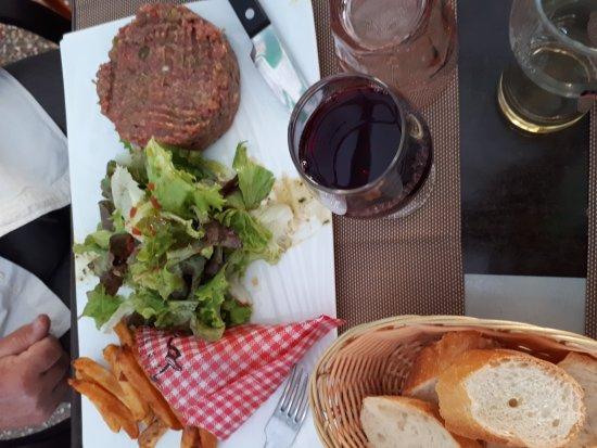 Lalinde, Frankrike: 20170902_201523_large.jpg